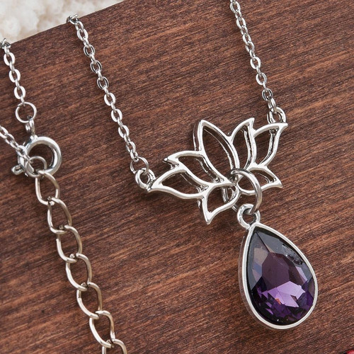 """resell for 12.00 or more Glass Feb Birthstone Necklace Silver Tone Purple Lotus Flower Drop Faceted 47.5cm(18 6/8"""") Style #PCLN011118g"""