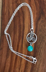 Resell for 9.00 or more 18 inch silver tone chain Pewter Celtic spiral with green glass 1.5 inch long Style #CSGGN030618g