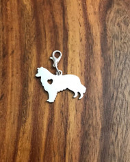 resell for 12.00 or more Alaskan Malamute Engrave-able bauble charm. Style #EAMBC041318