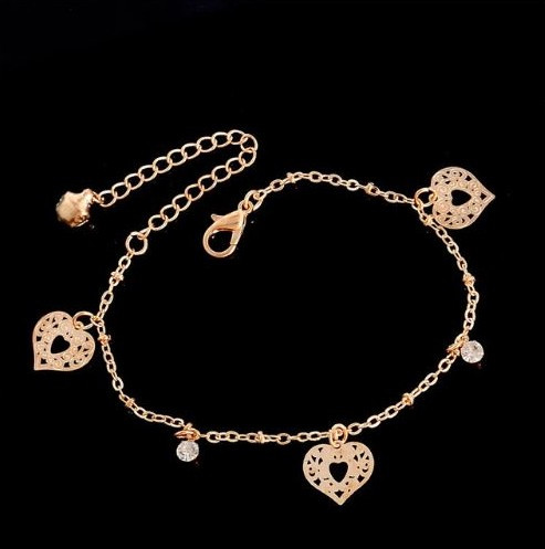 resell for 9.00 or more 7 inch plus ext  bracelet gold tone/ hearts/ crystal Style #GTCHB041318