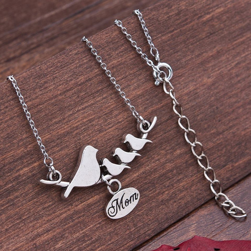 """resell for 12.00 or more Family Jewelry Necklace Antique Silver Mother Bird Oval Message """" Mom """" 50.5cm(19 7/8"""") long Style #BMB041418"""