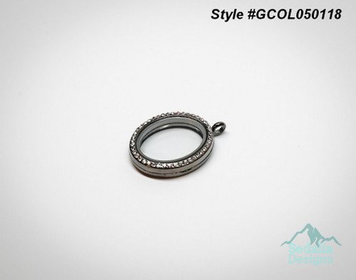 Gunmetal Crystal Locket  Chain sold separate.  Zinc alloy/ crystal/ glass  22mm x 36mm  Style #GCOL050118