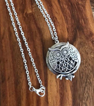 Resell for 21.00 or more 20 inch silver tone chain Pewter owl aromatherapy diffuser  Pad included Style #OAD050518