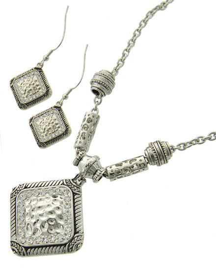"""resell for 36.00 or more Silver Tone / Clear Rhinestone / Lead&nickel Compliant / Metal / Fish Hook (earrings) / Pendant / Hammered Square / Necklace & Earring Set /  •   LENGTH : 19 1/4"""" + EXT •   PENDANT : 2"""" X 2 1/2"""" •   EARRING : 1"""" X 1 3/4"""" •   SILVER  Style #ASNS051618"""
