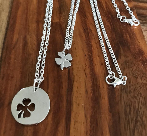 Mother daughter 4 leaf clover set 1 is 20 inch 1 is 16 inch Silver tone chain Style #LCNS051718