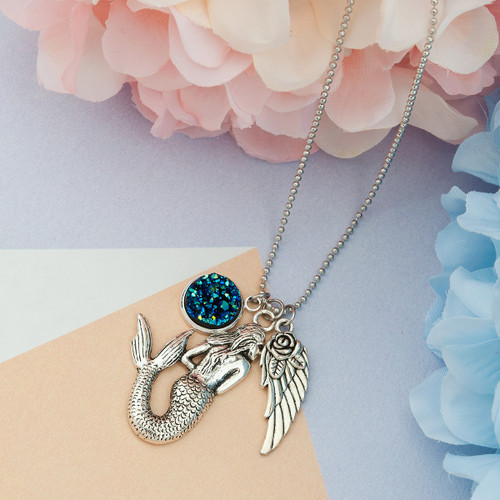 """resell for 12.00 or more Royal Blue AB Color Resin Druzy/ Drusy Necklace Antique Silver Flower Wing Mermaid Round 57cm(22 4/8"""") long Style #MWN053118"""