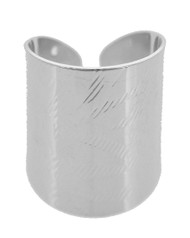 "resell for 15.00 or more Silver Tone / Lead&nickel Compliant / Metal / Cuff Ring fits size 7 and up •   SIZE FREE : CUFF •   WIDTH : 1""	 •   SILVER  Style #STCR061118"