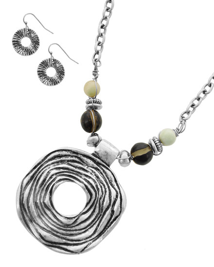 """resell for 65.00 or more Burnished Silver Tone / Mint Semi Precious Stone & Burnished Ccb (bead) / Lead&nickel Compliant / Metal / Fish Hook (earrings) / Pendant / Necklace & Earring Set  •   LENGTH : 18 3/4"""" + EXT •   PENDANT : 2 5/16"""" X 2 3/4"""" •   EARRING : 3/4"""" X 1"""" •   BURNISHED SILVER  Style #RBNS062018"""