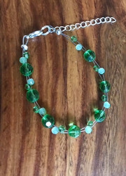 Resell for 15.00 or more 7.5 inch floating bracelet plus ext chain Green glass Made by Ashley Style #GGFB070318