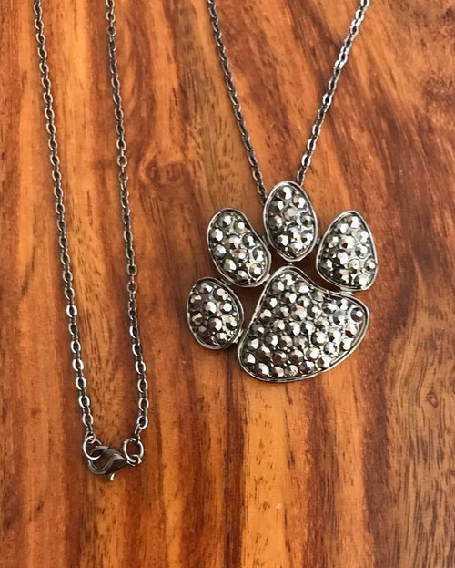 """Resell for 18.00 or more 18"""" gunmetal chain  Gunmetal pet paw w hematite color crystal 1.5 x 1.25"""" Style #GMPPHCN071018"""