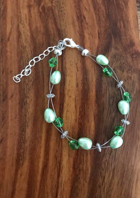 Resell for 15.00 or more 7.5 inch plus ext chain  Floating bracelet Made by Ashley  Pewter, green glass pearl green  crystal Style #GFB080918