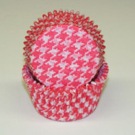 "RED HOUNDSTOOTH BAKING CUP RED--2"" Base, 1-1/4"" Wall--PKG/500"