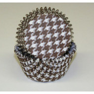 "BROWN HOUNDSTOOTH BAKING CUP BROWN--2"" Base, 1-1/4"" Wall--PKG/500"