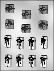 "1-1/2"" & 1-1/4"" GIFTS W/BOWS-2 SIZES-CHOCOLATE CANDY MOLD"