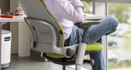 LiveBack technology moves with the shape of the user's spine as sitting positions change