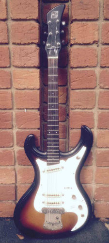 Guyatone LG160T 1967 Japanese made Mosrite copy