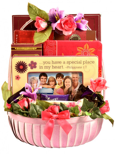All Moms deserve a retreat from the everyday, so why not make it a sweet one with this gorgeous gourmet arrangement featuring a host of indulgent treats and a beautiful ''Mom'' frame This fabulous arrangement makes one large and oh so sweet treat for Mom!