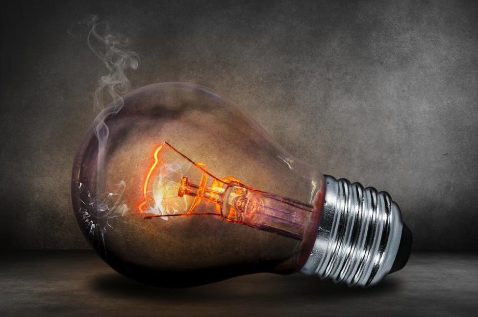 Smoking Lightbulb- Cocoweb