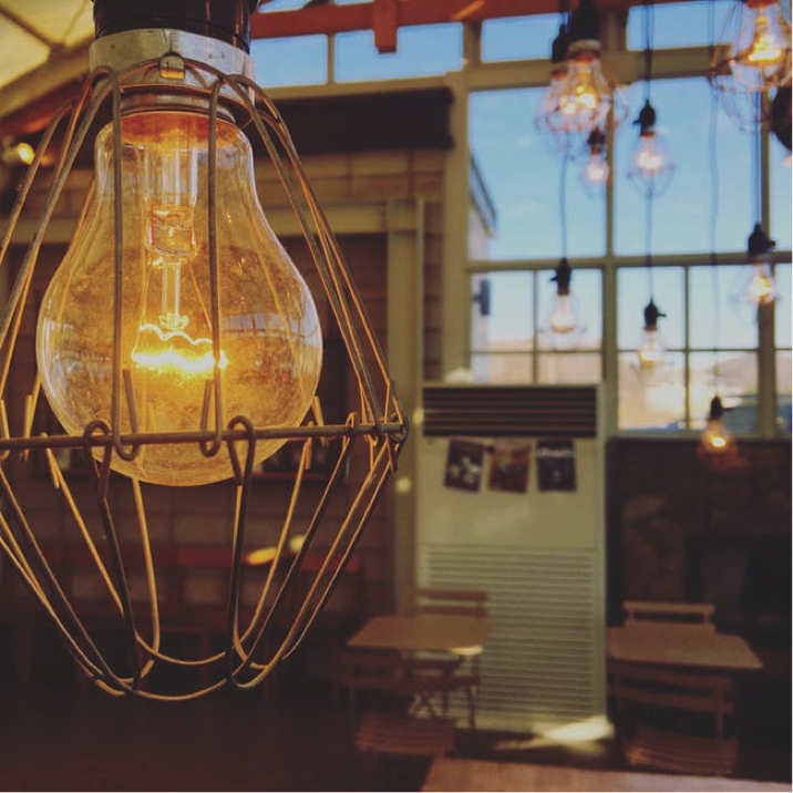 Light bulb hanging from ceiling- Cocoweb