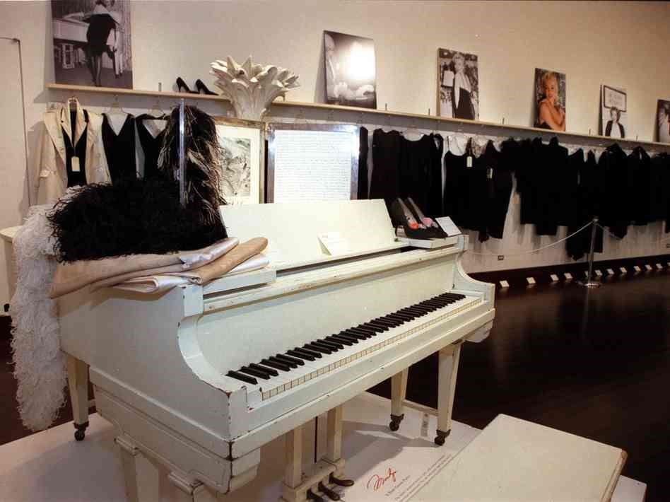 Marilyn Monroe's Piano
