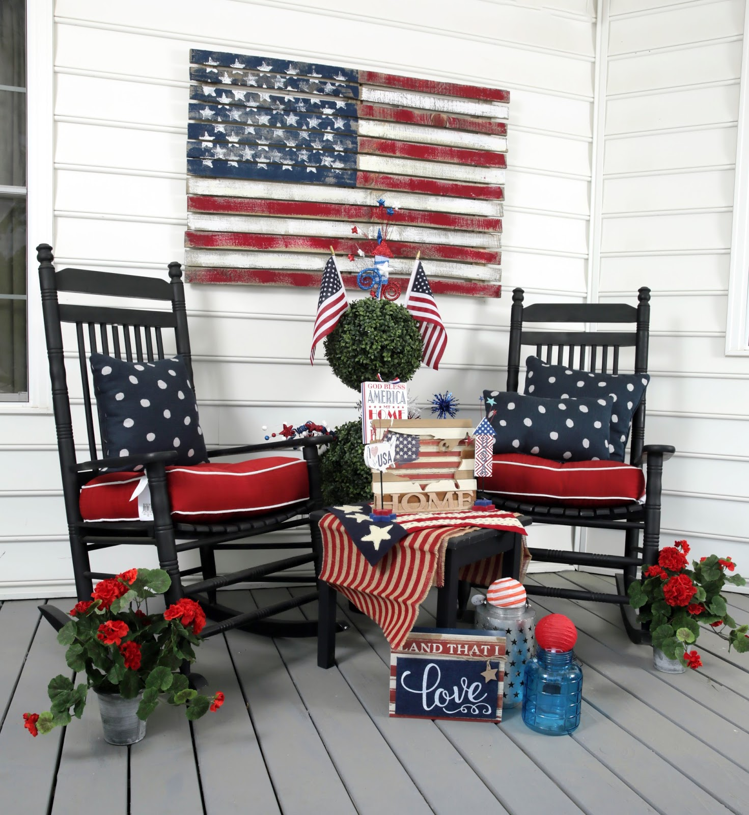 If Youre Hosting A Party Or Just Want To Adorn Your Home With Patriotic Flair Here Are Some Ideas Inspire Independence Day Spirit
