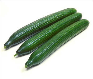 ENGLISH CUCUMBER 3 CT