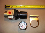 """REGULATOR, Compressed Air; 1/4"""", 88 scfm"""
