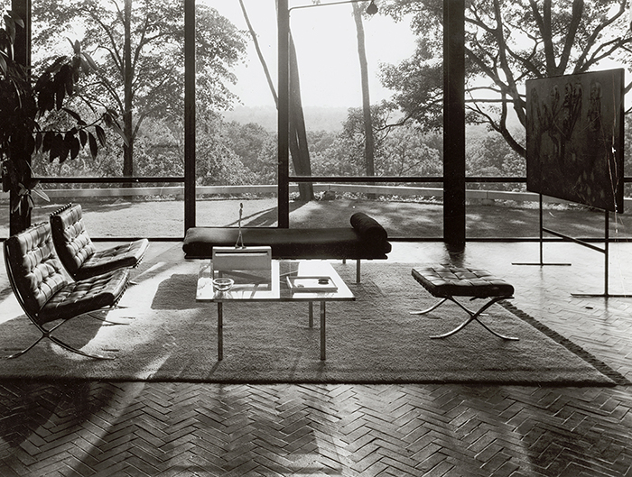 mies van der rohe chair barcelona lounge chair. Black Bedroom Furniture Sets. Home Design Ideas