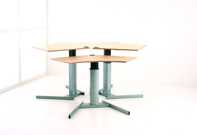 6 top size options in Beech or Maple