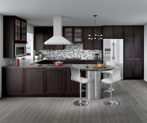 Cardell Kitchen Cabinets Lakeridge Cherry Full Overlay