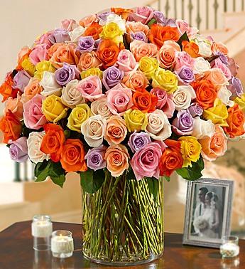 100 Premium Long Stem Multicolored Roses In A Vase Nancy