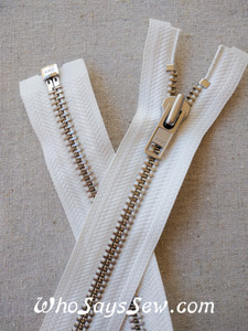 "YKK Size 8 Separating/Open Ended 75cm(30"") Zipper with Silver Brass Metal Teeth. Heavy Weight for Jackets. OFF WHITE Tape"