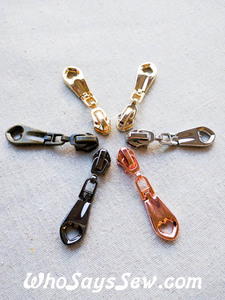 4 ZIPPER SLIDERS/PULLS for Continuous SIZE 5 Nylon Chain Zipper- Long w/Heart Cutout. 2 Finishes. Nickel Free.