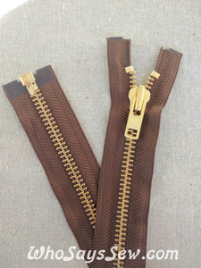 "YKK Size 8 Separating/Open Ended 75cm(30"") Zipper with GOLDEN Brass Metal Teeth. Heavy Weight for Jackets. Light Brown Tape"