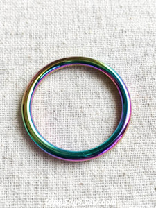"Rainbow Iridescent 2.9cm (1 1/8"") Alloy Round Edge O-Rings"