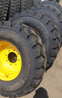 (4- Tires with Wheels) Gehl 7810 7800 skid-steer with tire size 14-17.5 L5 14175