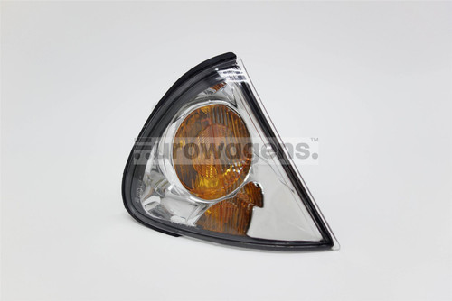 Front indicator right Toyota Avensis 00-03