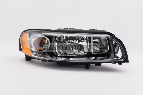 Headlight right Volvo V70 XC70 05-07
