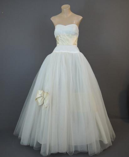 Vintage 1950s Strapless Dress Wedding Gown 34 bust, Philip Hulitar