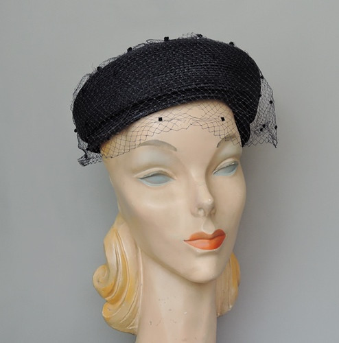 1950s Navy Straw Hat with Circle Top, 21 22 inch head