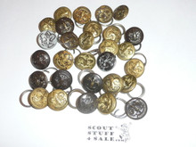 29 Brass and metal uniform buttons in all conditions and varieties