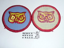 Owl Patrol Medallion, BlueTwill with paper back, 1972-1989
