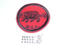 Wolverine Patrol Medallion, Felt w/BSA black/White ring back, 1940-1955