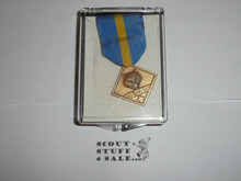 Den Leader Award Medal (neck Ribbon style), Discontinued, MINT in Box