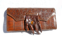 VOGUE 1940's Brown Alligator Paw Wallet & Change Purse