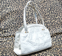 Voluptuous 1970's-80's Winter White OSTRICH Skin Handbag Shoulder Bag