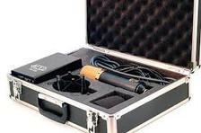 MXL V69M edt in the case
