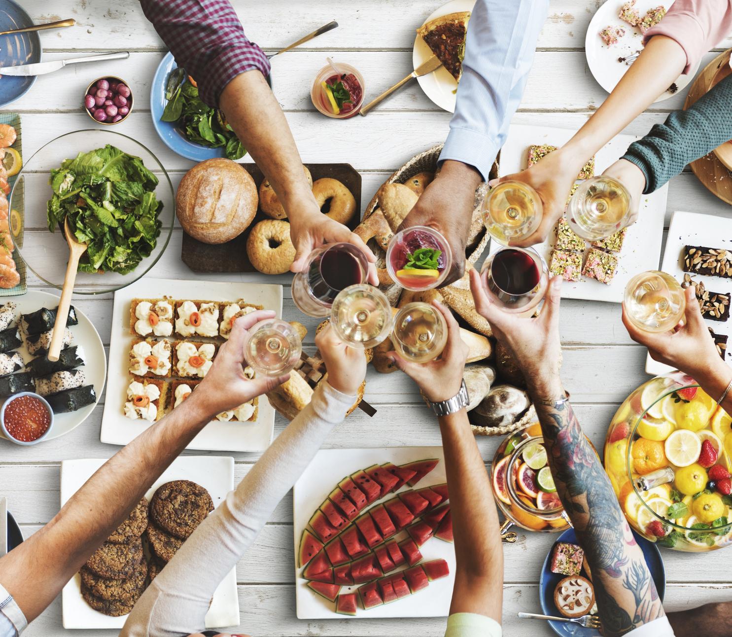 friends-happiness-enjoying-dinning-eating-concept-000092030363-medium.jpg