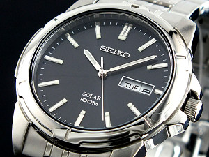 Seiko Mens Solar Watch SNE093P1