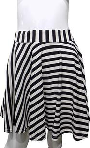 Black/White Stripe Printed Skirt
